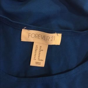 Forever 21 Tops - FOREVER 21 Blue Crop Top Tank